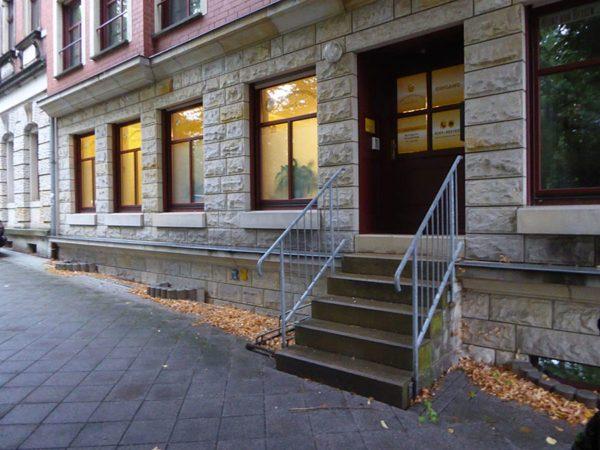 Eingang Hebammenpraxis Adam & Eva Dresden